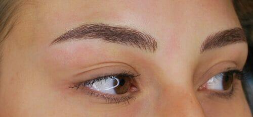 Na permanente make-up Ombré Powderbrows